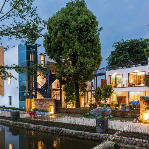 Xiangzhang Shuxia Boutique Guesthouse