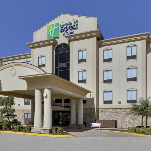 Holiday Inn Express & Suites Denton UNT- TWU, an IHG Hotel