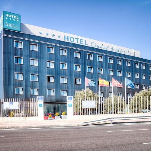 莫斯託雷斯城市酒店