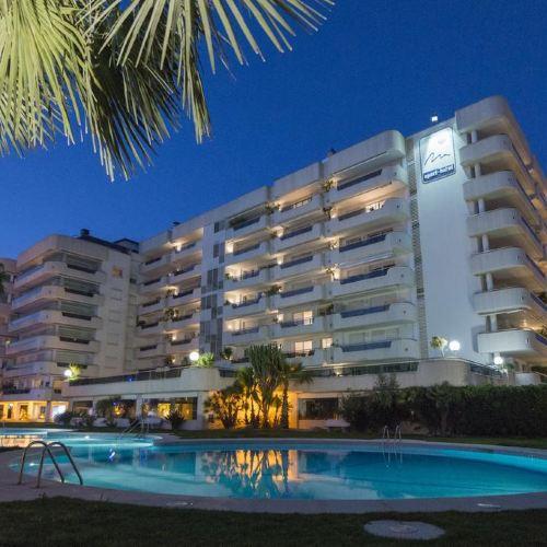 地中海錫切斯度假酒店