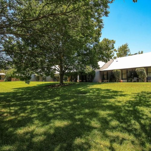 Briars Country Lodge