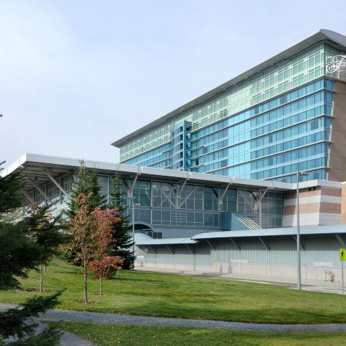 温哥華機場客運大樓費爾蒙酒店
