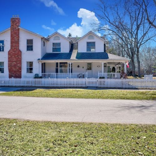 Finlay House Bed and Breakfast