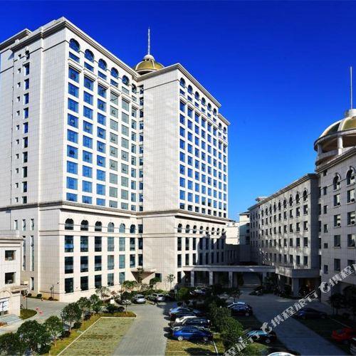 츠리 호텔