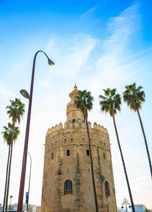 황금의 탑