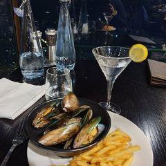 Stratosfare Restaurant & Bar User Photo