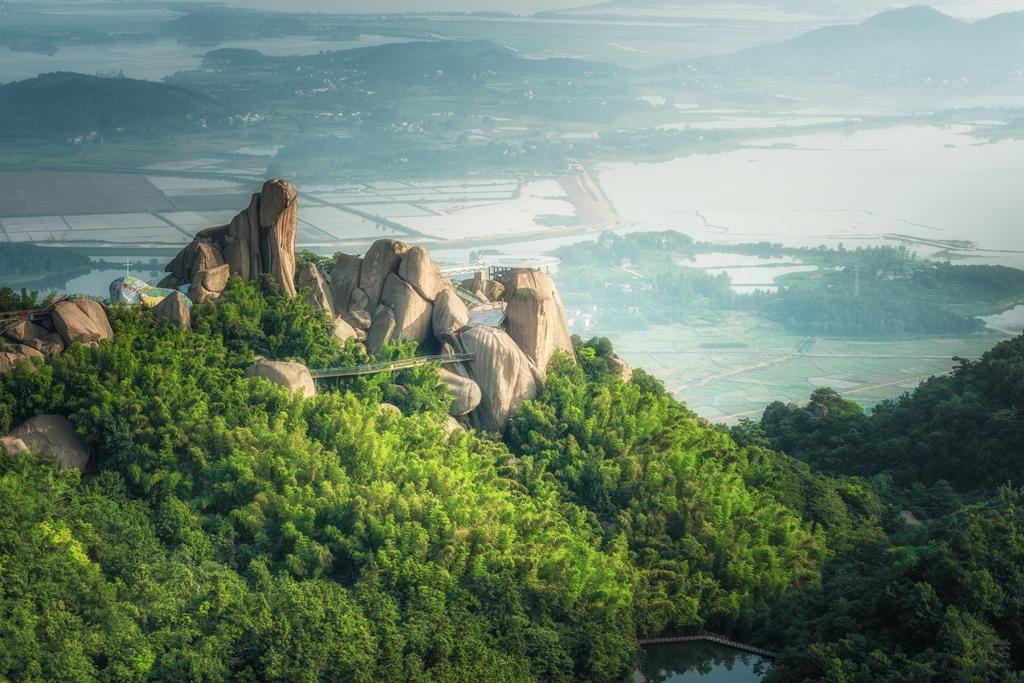Jushi Mountain