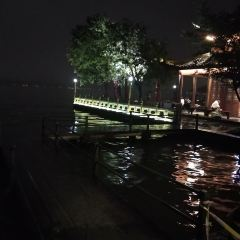 Lingering Snow on the Broken Bridge User Photo