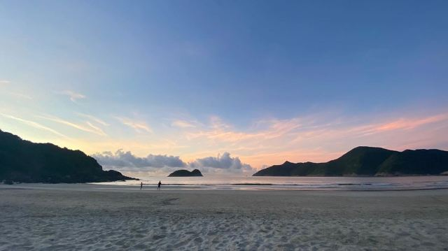 【香港沙灘2021】8個乾淨沙幼+看日落打卡的少人沙灘推介