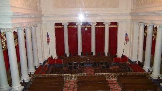 普瓦捷法院