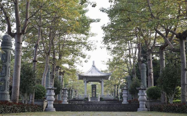 Xuanwu Mountain (Yuanshan Temple)