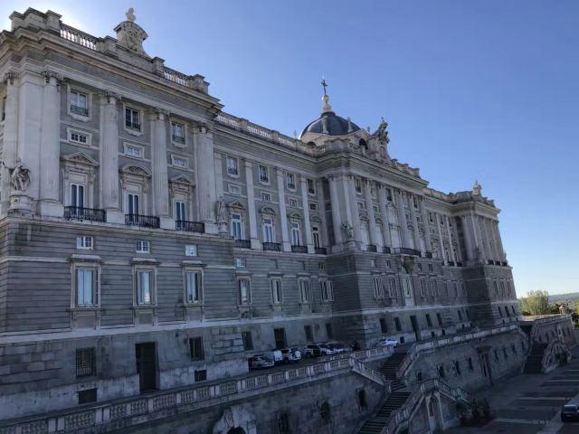 阿布蘭迪斯宮
