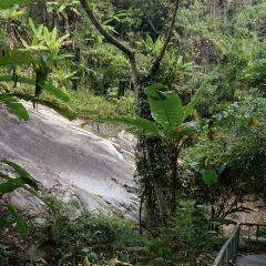Mae Yen Waterfalls User Photo