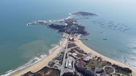 """遮浪半岛是红海湾与碣石湾交接处突入海的一个半岛,素称""""粤东麒"""