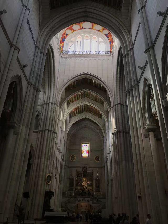 神聖修道院