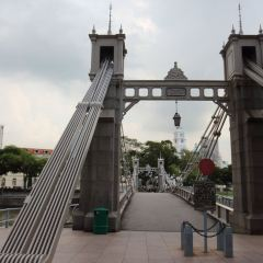 Cavenagh Bridge User Photo