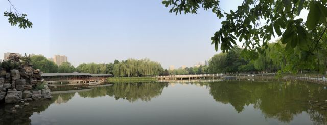Donghuan Park (West Gate)