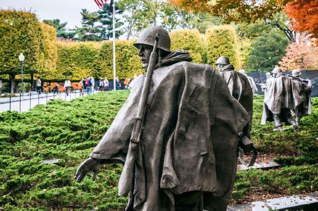 A Walking Guide to Memorials in Washington D.C.
