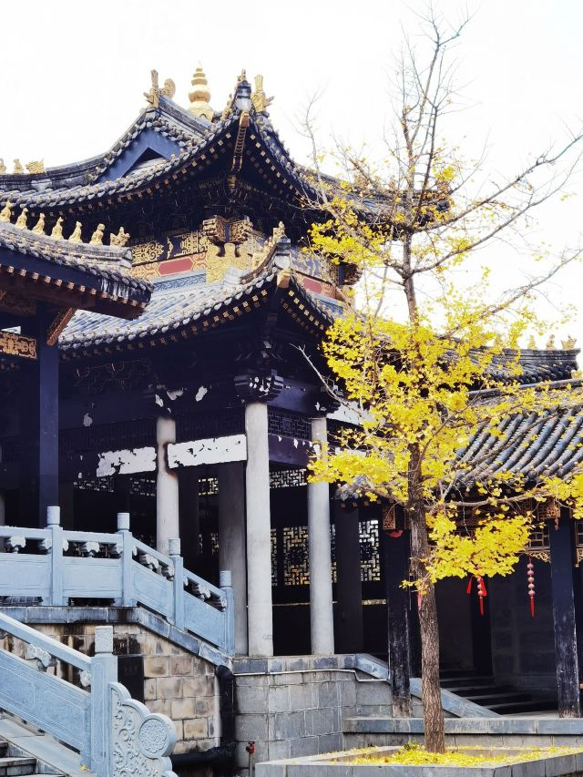 The Lingshan Temple