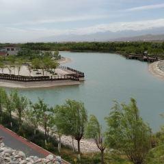 Jiayuguannanhu Sceneic Area User Photo