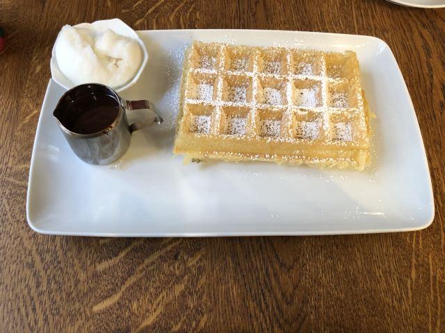 Maison Dandoy - Tea Room & Waffles