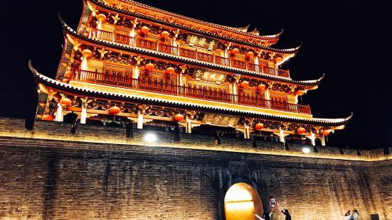 """《广济楼,潮州城七城楼之首》广济门城楼原称""""广济楼"""",也称"""""""