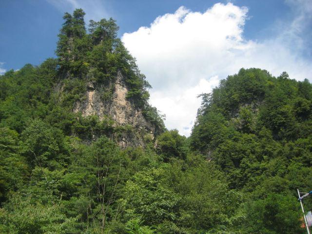 구시뉴동 동굴