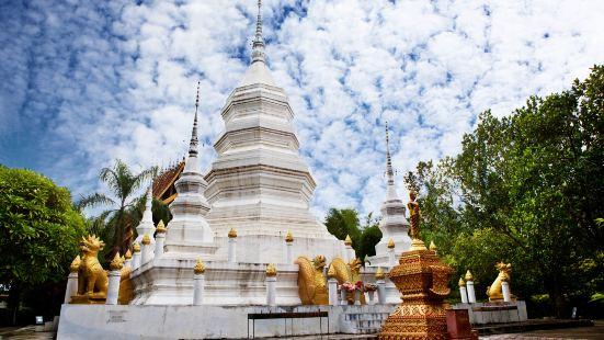 西雙版納傣族園-勐罕曼聽佛塔寺