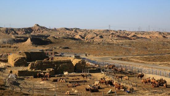 水洞沟既有史前文明的遗迹,又有古代军事要塞遗址,当时的守军在