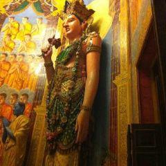Isipathanaramaya Buddhist Temple User Photo