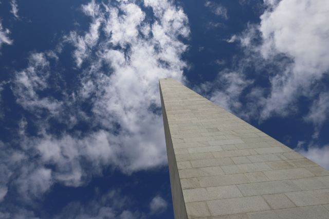 邦克山紀念碑