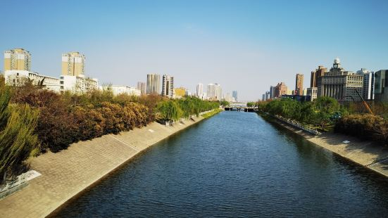 Dongfengqu Binhe Park