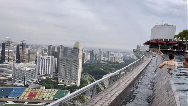 ジュビリー橋