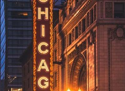 2021 Chicago Skyline: 9 Iconic Chicago Buildings and How to Explore Them