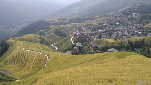 룽지티톈(용척제전)