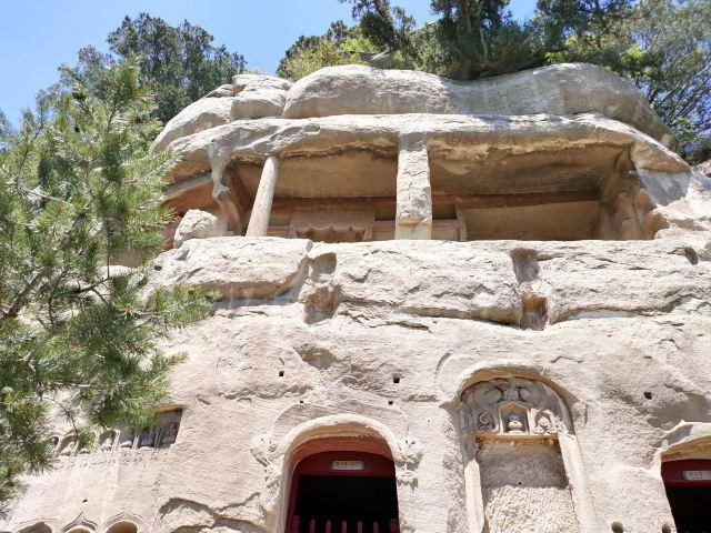 톈룽산(천룡산) 석굴