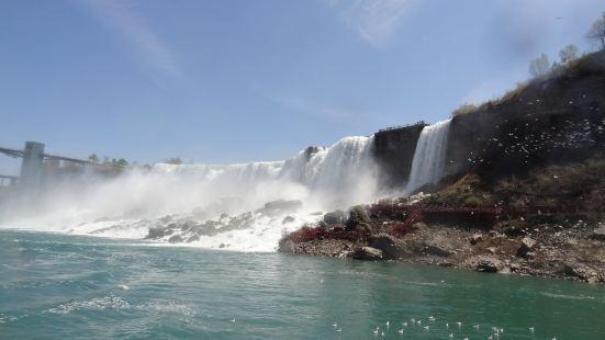 American & Canadian Niagara Falls