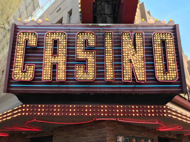 10 Best Shows in Vegas 2021: Acrobats, Magic, Comedy