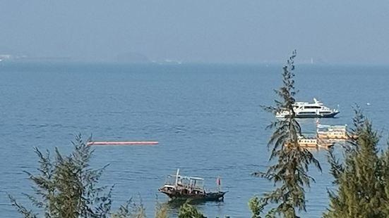 巽寮湾景色优美,风景宜人,温度适宜,适合休闲度假的好去处,空