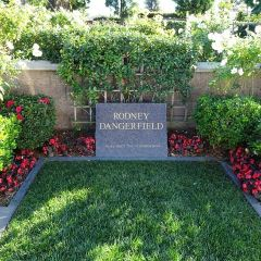 Pierce Brothers Westwood Village Memorial Park User Photo