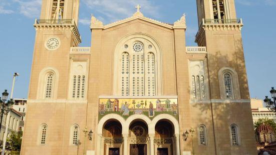 米特羅波利斯大教堂