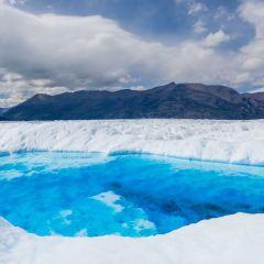 Big Ice: Viaje al Centro del Glaciar User Photo
