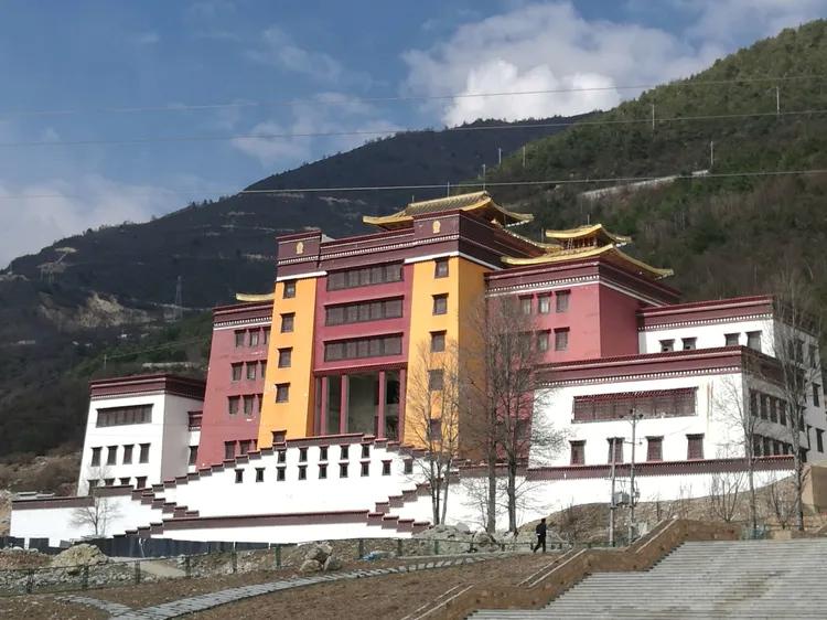 Ganzi Zangzu Zizhizhou Museum