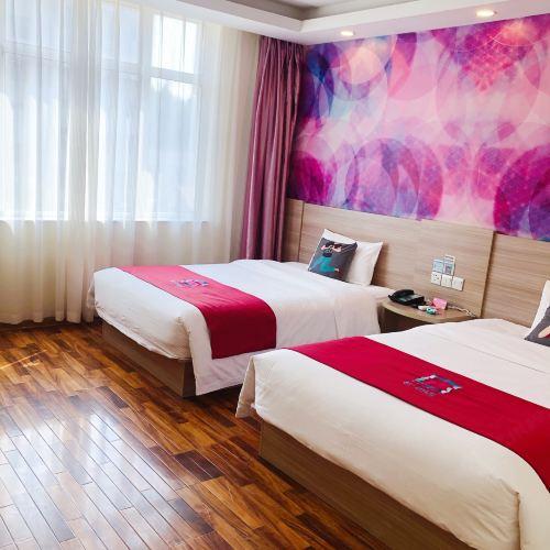 Pai Hotel(Wenshang Baoxiang Temple Branch)
