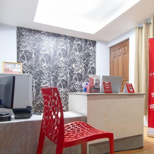 RedDoorz @ DBuilders Rooms Ph2 Taguig