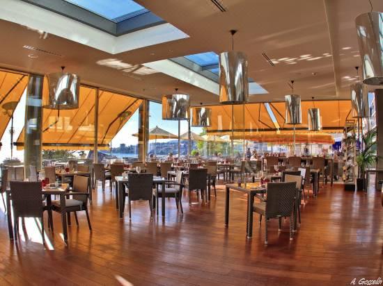 Grand Hotel Suisse Majestic Autograph Collection Room Reviews Photos Montreux 2021 Deals Price Trip Com