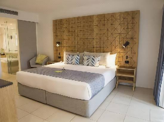 Radisson Blu Resort Fiji Reviews For 5 Star Hotels In Veti Levu Trip Com