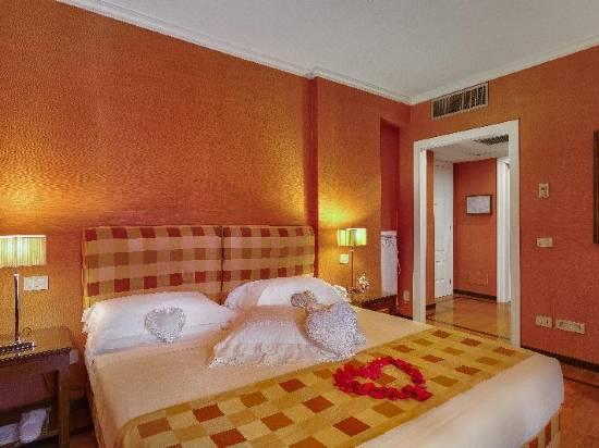 Grand Hotel Adriatico Florence Room Reviews Photos Florence 2021 Deals Price Trip Com