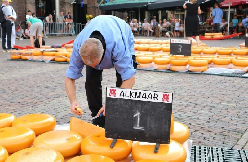 Grand Hotel Alkmaar Room Reviews Photos Alkmaar 2021 Deals Price Trip Com