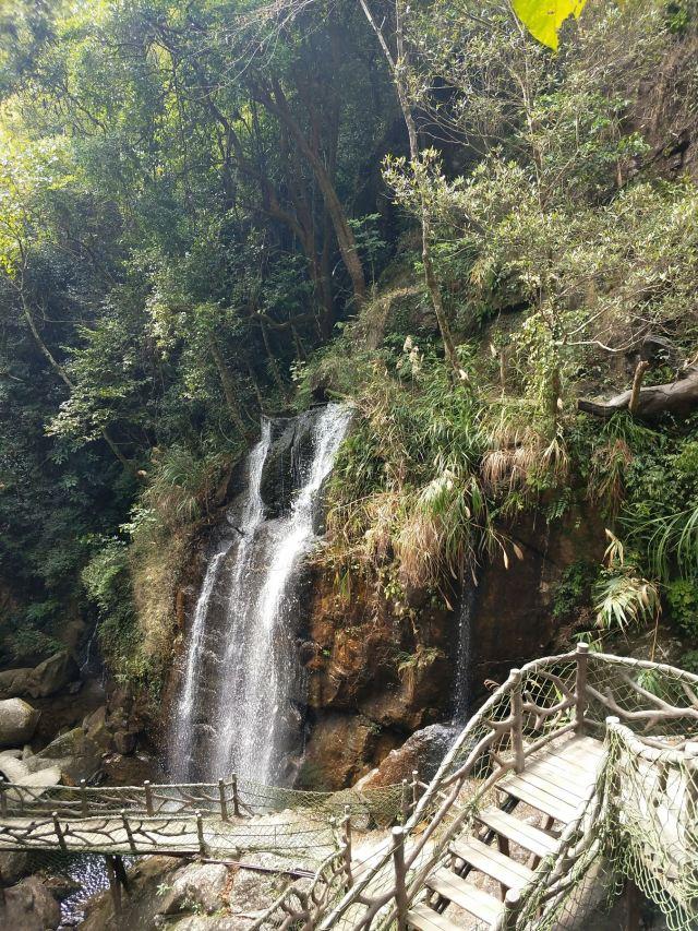 Gaozhou Xianren Cave Scenic Area